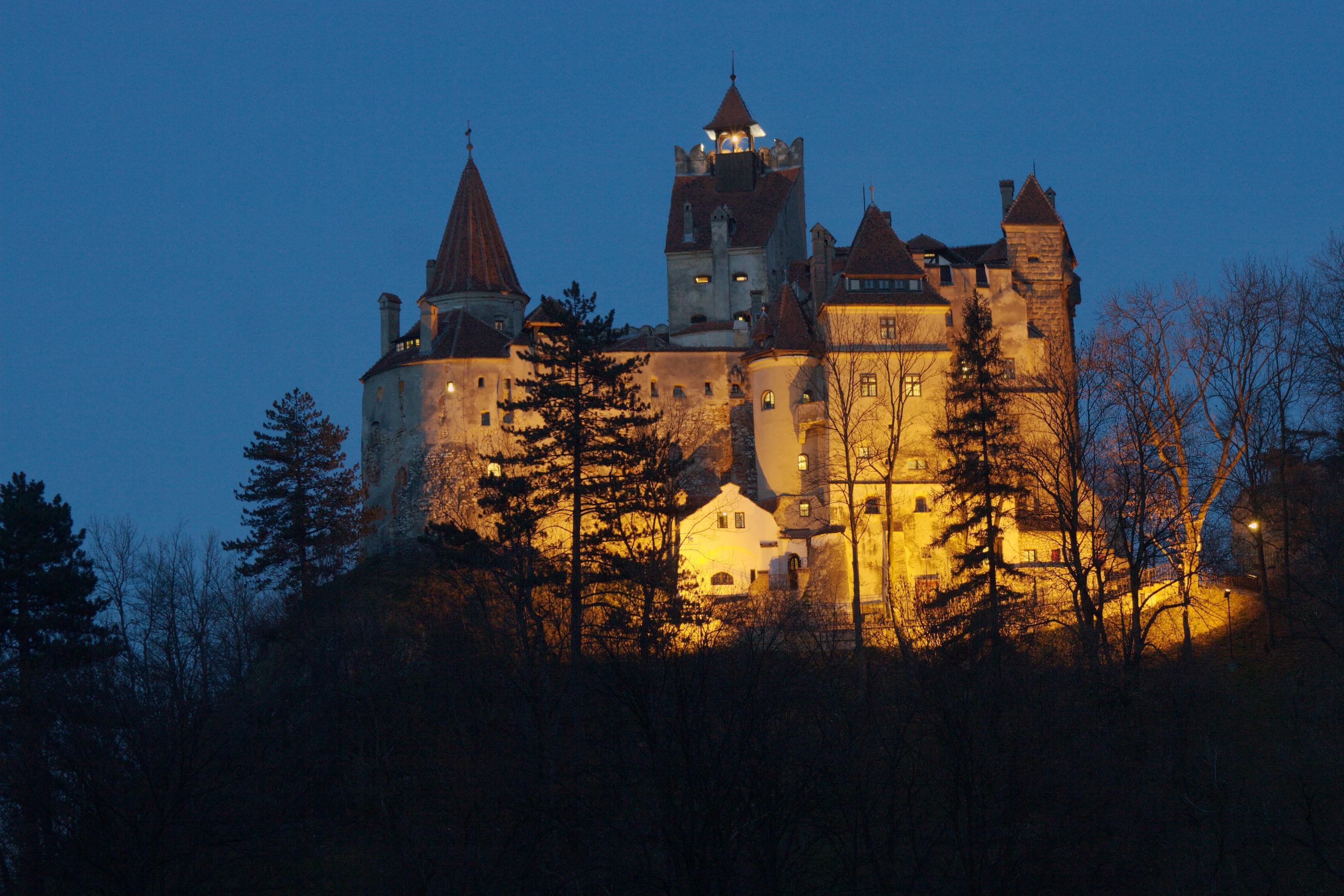Zamek_w_Branie.jpg