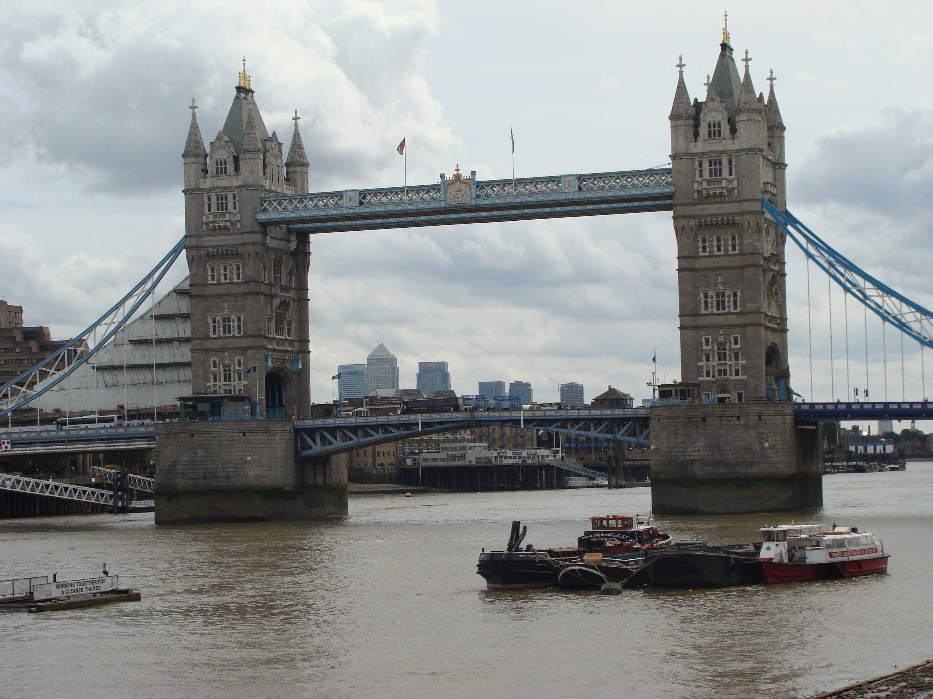 Londyn_Tower_Bridge.jpg
