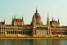 Parlament_w_Budapeszcie.jpg
